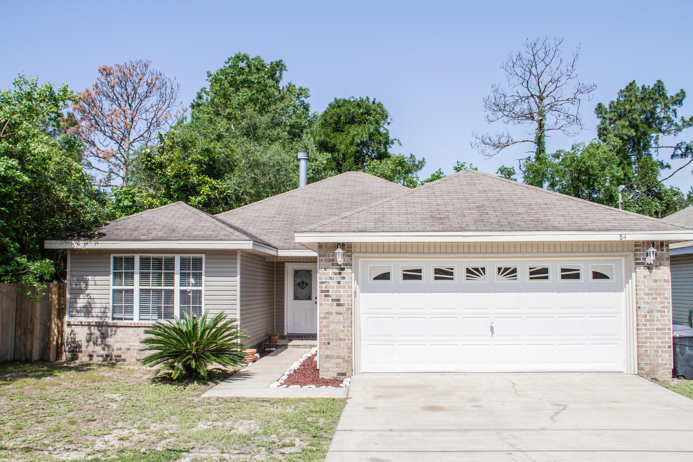 AVAILABLE... July 10, 2020. This 3 bed/ 2 bath home boasts an open floor plan.. Minutes to Destin &