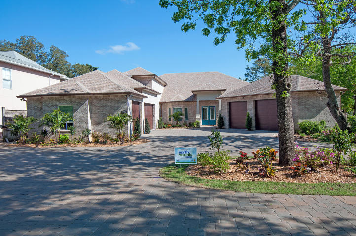 327 NW Beal Parkway, Fort Walton Beach, FL 32548