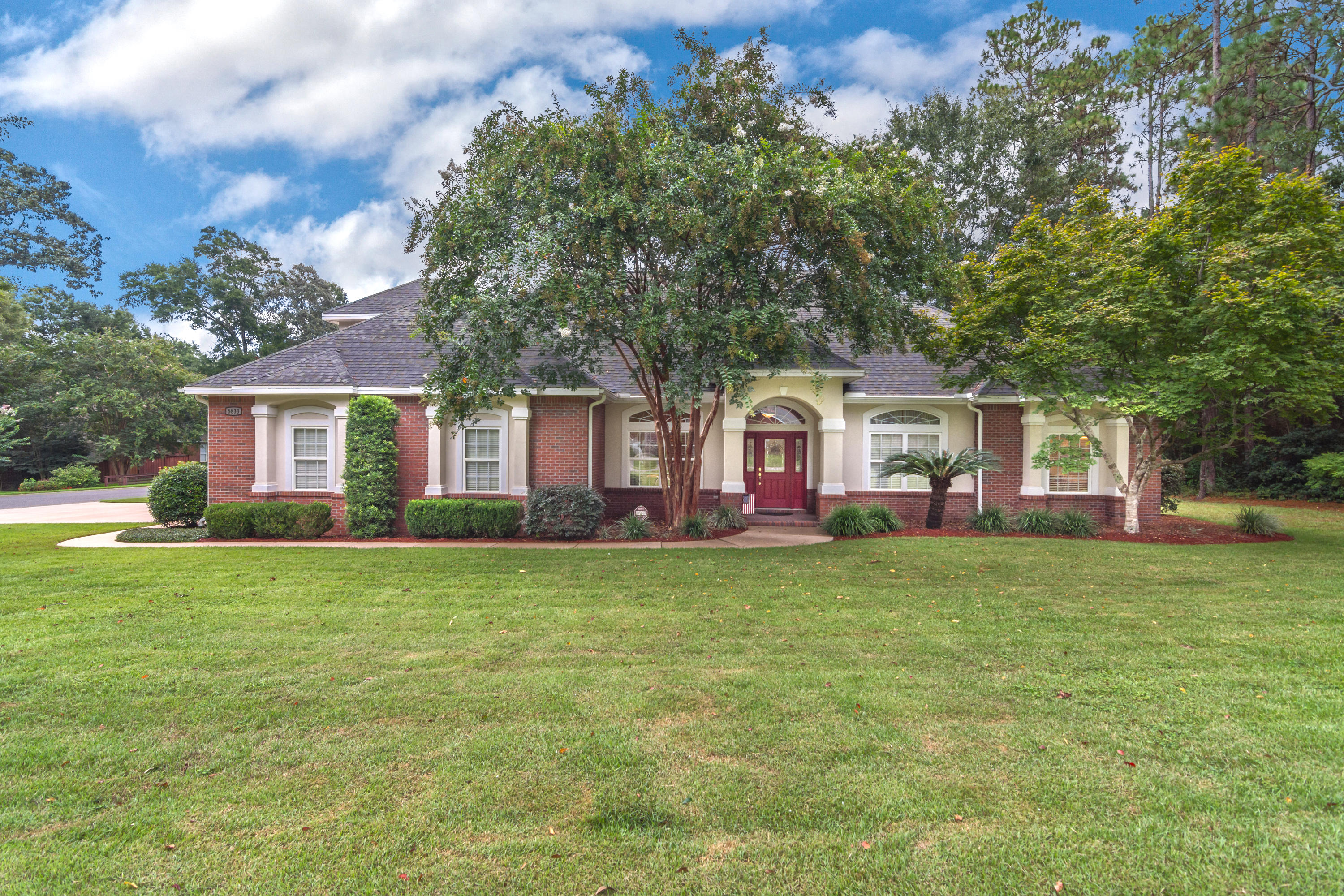 5833 Hunting Meadows Drive, Crestview, FL 32536