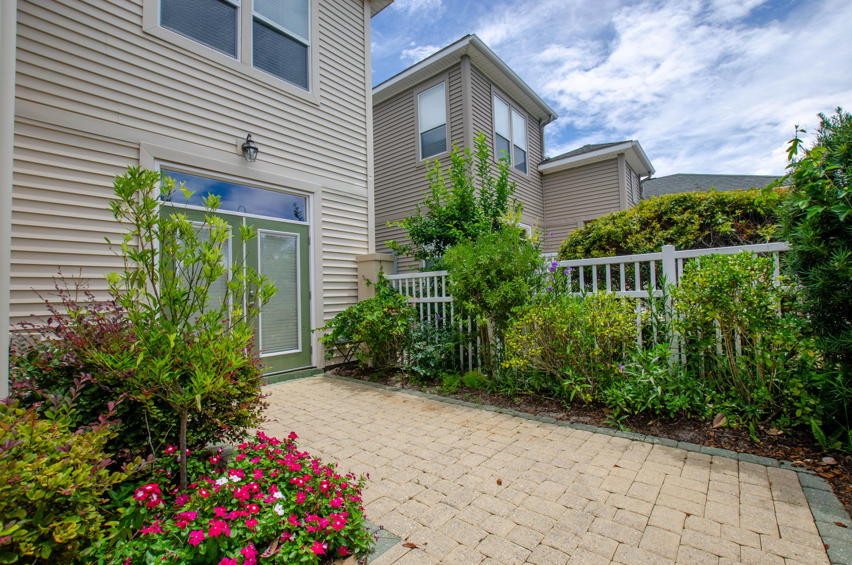 57 Courtyard Drive  Photo 43