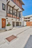 Gated compound with only 4 townhomes