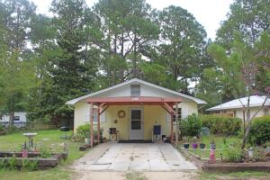 63 Ruth Road, Freeport, FL 32439