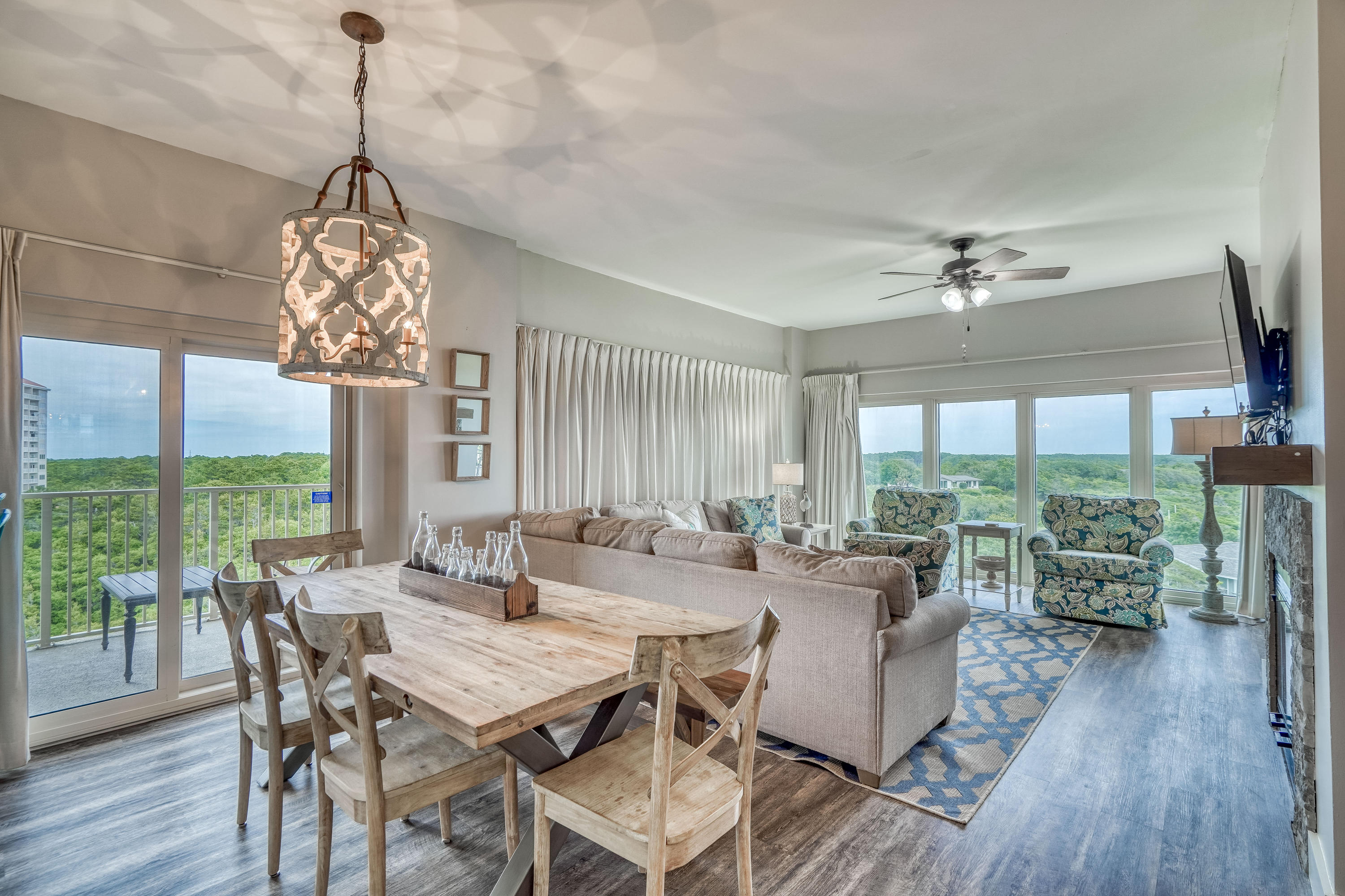 Breathtaking views of the gulf and the tropical vegetation of Topsail State Park from this fully ren