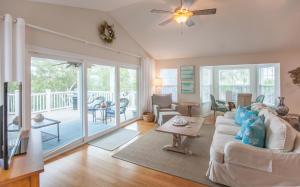 363 Pelican Circle, Inlet Beach, FL 32461
