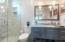 Ensuite bathroom for guest bedroom 1