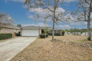 8513 High School Boulevard, Navarre, FL 32566