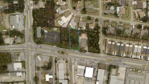 809 Airport Road, Destin, FL 32541