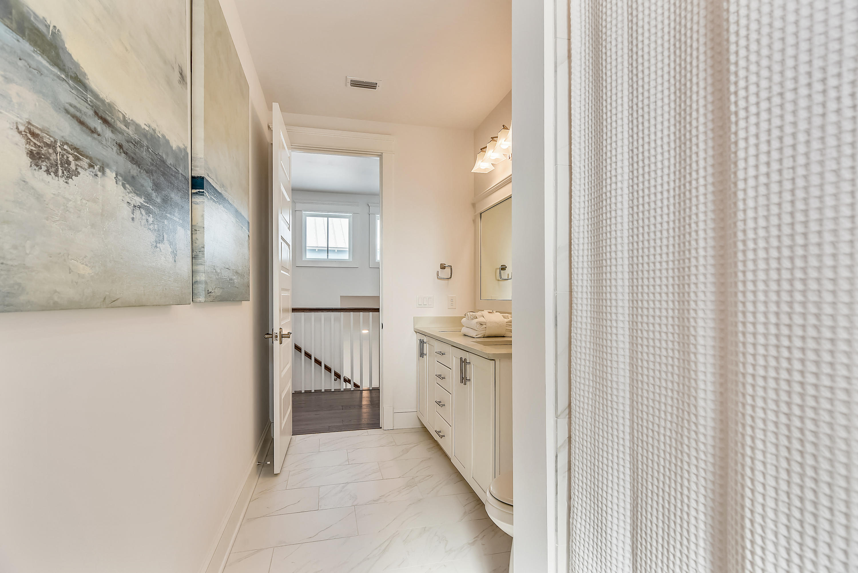 Interior-Bath-DSC3105