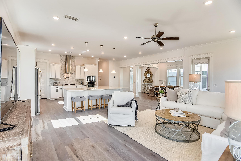 Interior-Living Area-DSC3005