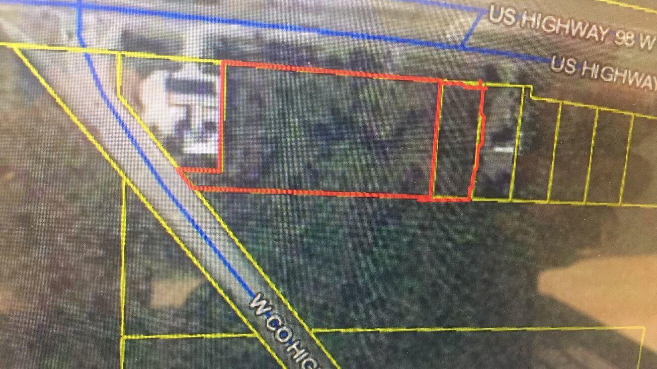 Vacant Land purchase includes 2 parcel ID numbers 32-2S-20-33250-000-0330 and 32-2S-20-33250-000-0337