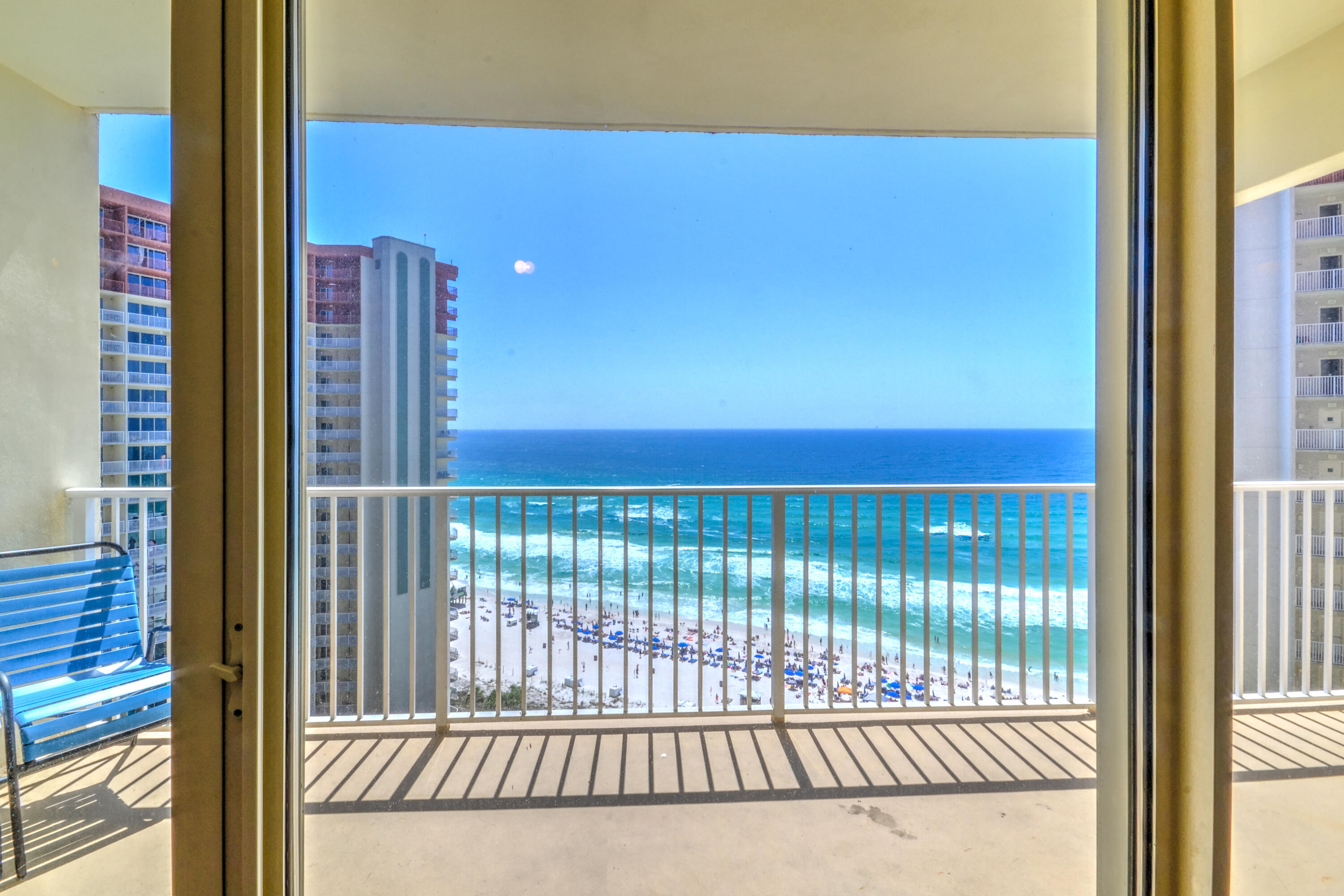 This luxurious condo with exclusive views from the 20th floor is in a rental machine, Shores of Panama, with the best lagoon pool on the beach.  This listing is part of a bulk ownership with 12 other units identical to this unit.