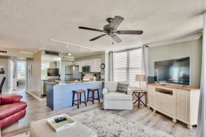 480 Gulf Shore Drive, 201, Destin, FL 32541