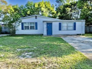 4 NW Highland Drive, Fort Walton Beach, FL 32548