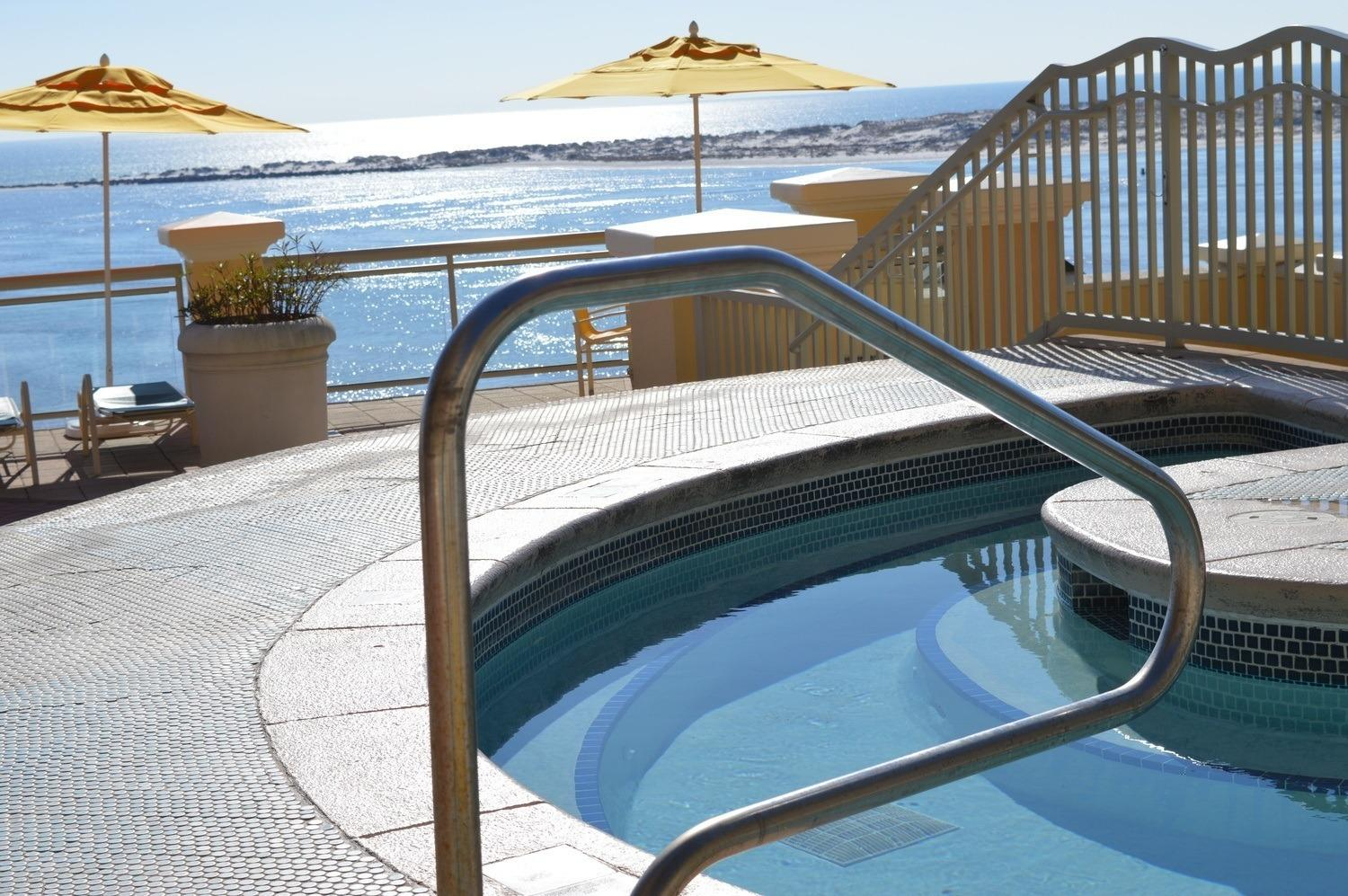 Hot Tub on the Pool Deck