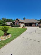 420 Wych Circle, Crestview, FL 32536