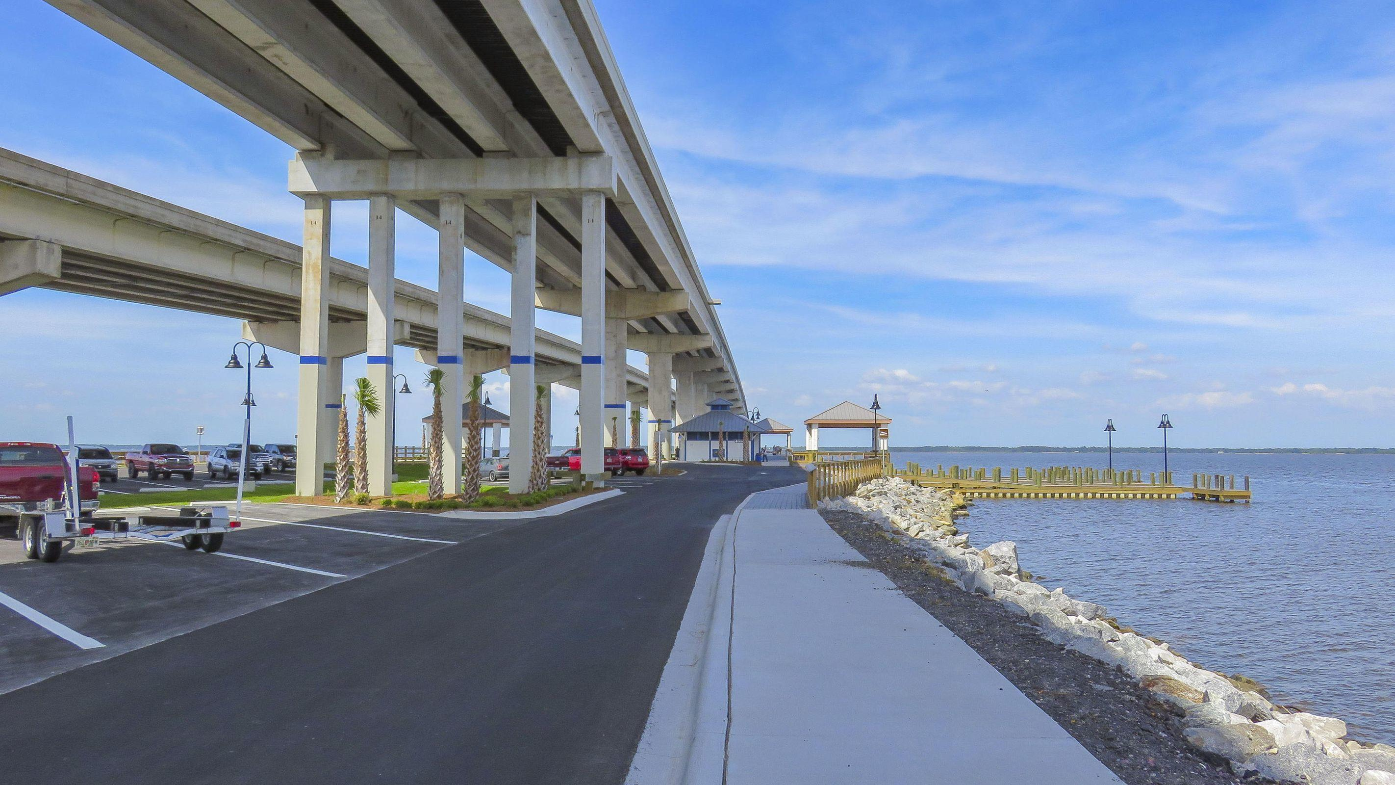 331 Park under the Bridge