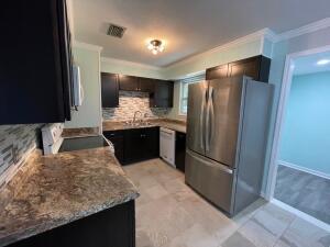 30 Cascabellas Street, Mary Esther, FL 32569