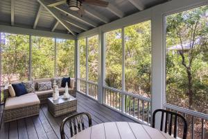 Spacious private porch off living area