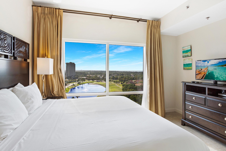 7024-bedroom view