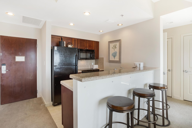 7024-kitchen
