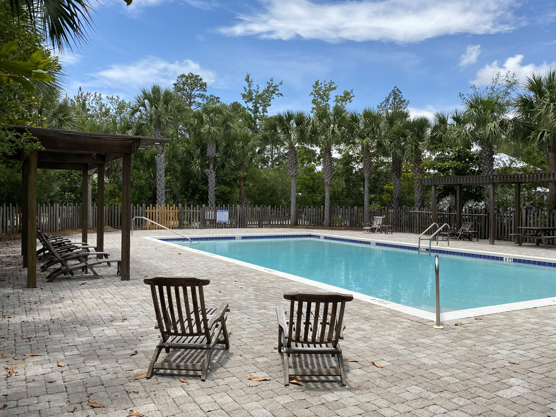 Hidden Grove Community Pool