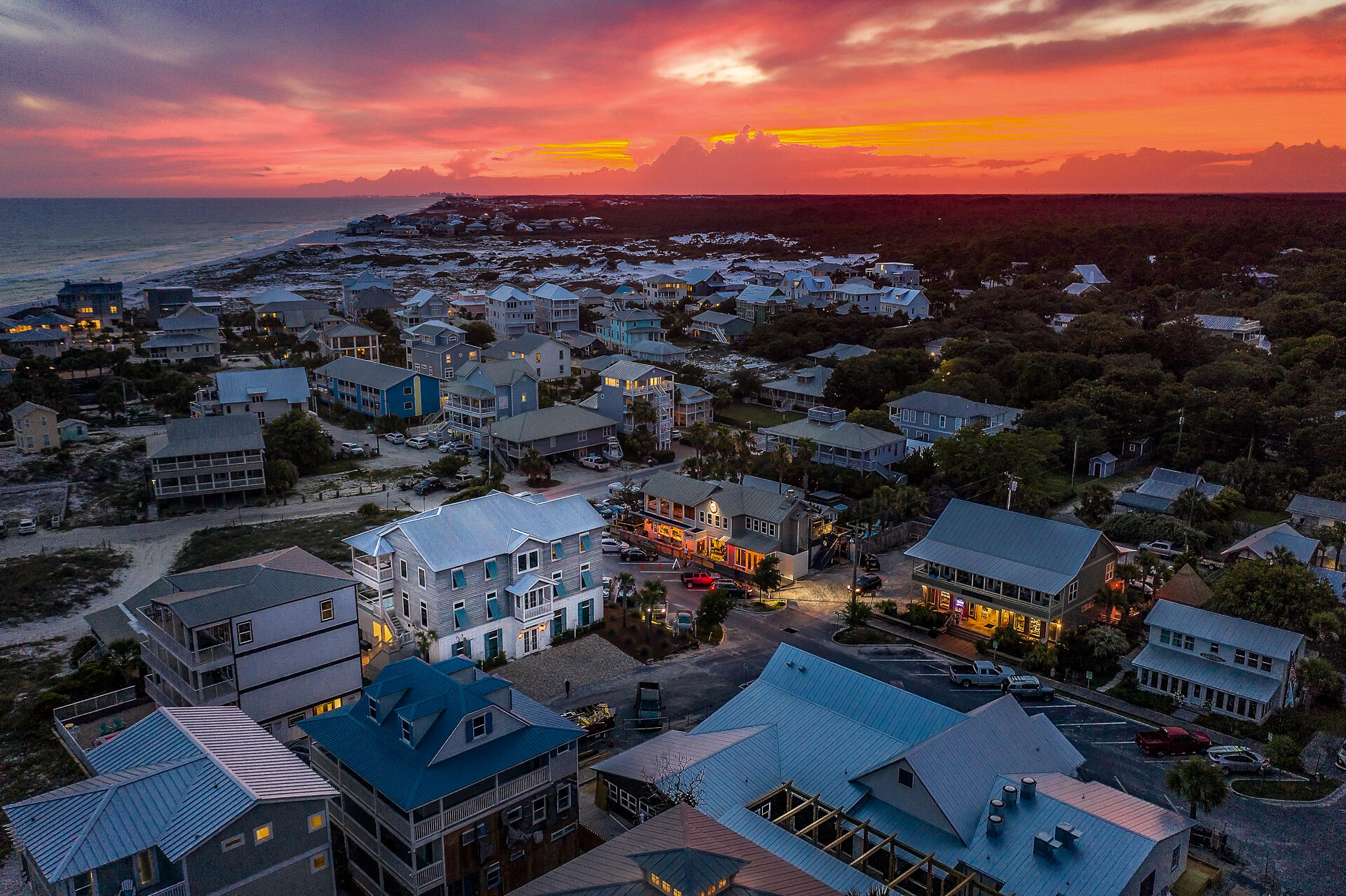 ''Bella Waves'' exemplifies luxury coastal living, prominently located in the center of 30A in the e