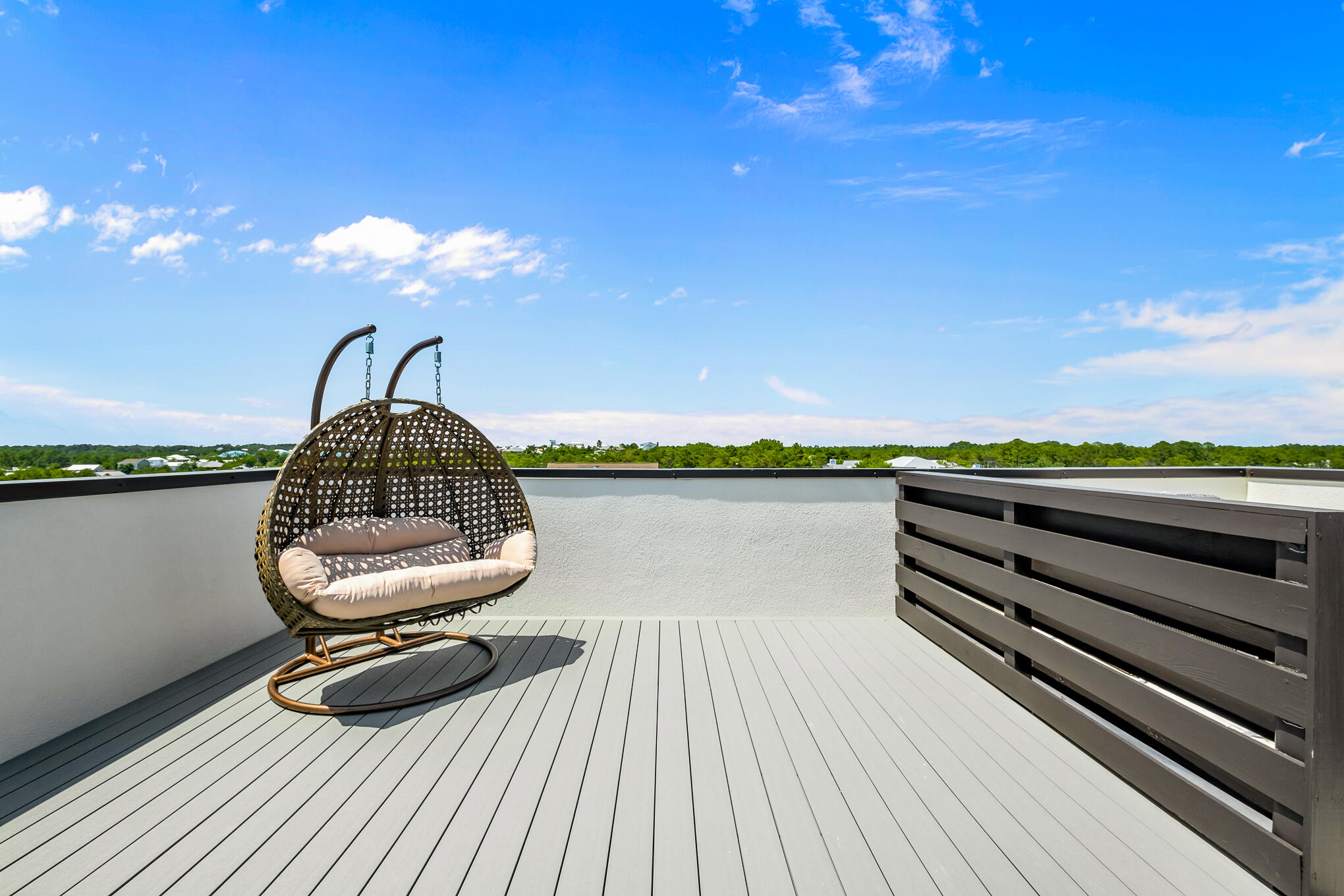 Private, Rear Rooftop Deck