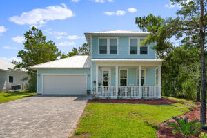 Welcome Home! You will Love your Beach Life right here!