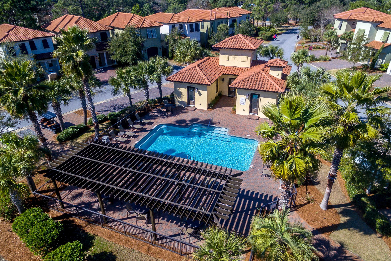 Villa Lago Pool