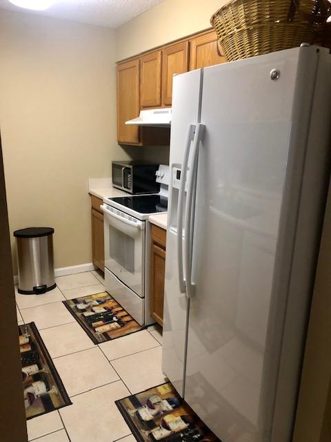 kitchen 2 909 pointe of view