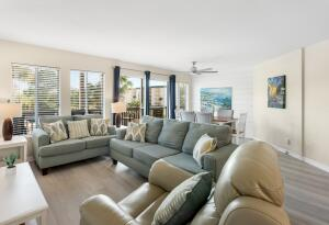 Fantastic 2-bedroom condo at Beachfront II, a favorite low density complex in Seagrove just 2 blocks from the public beach access.