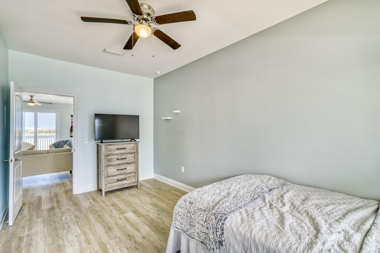 MAIN LEVEL BEDROOM.2