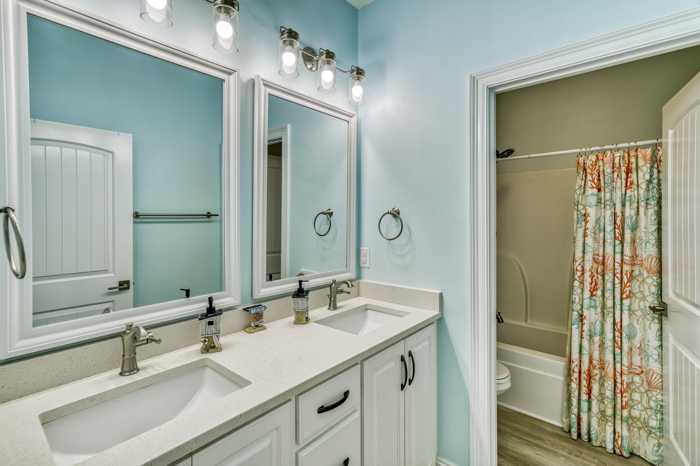 FULL BATHROOM 3RD FLOOR