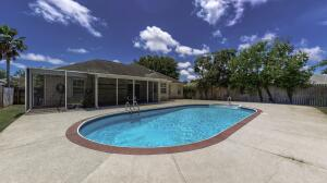 7000 Brighton Oaks Boulevard, Navarre, FL 32566
