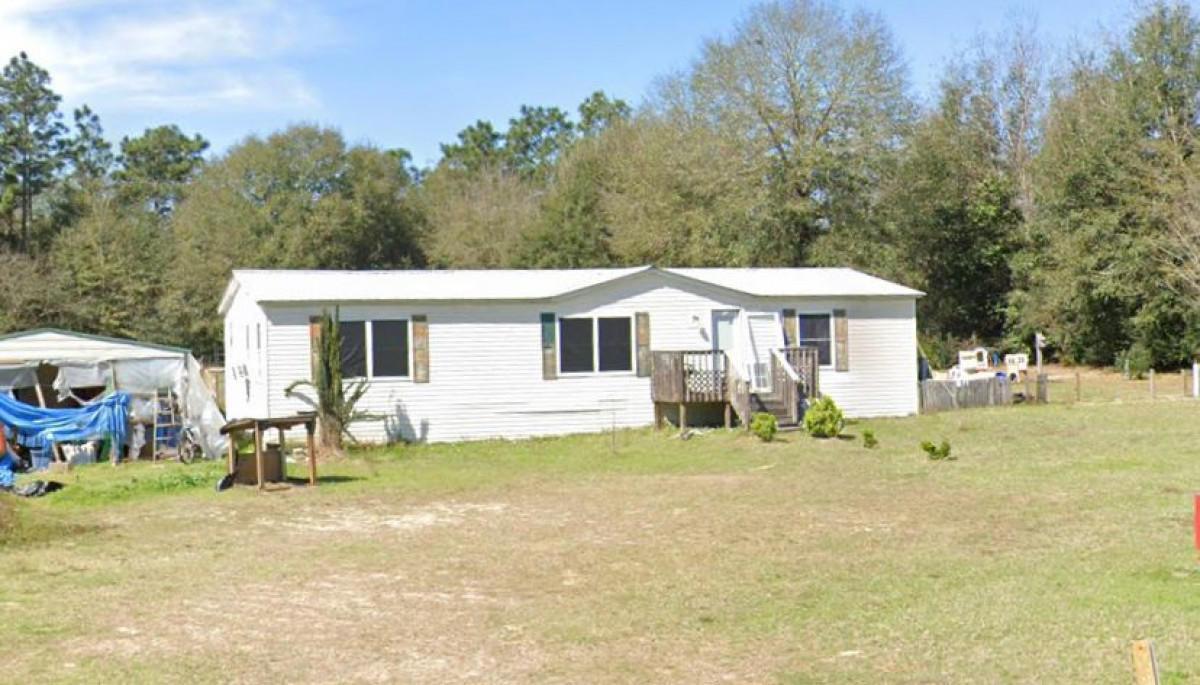 6024 Robin Road, Crestview, FL 32539
