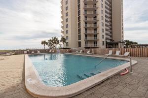8271 Gulf Boulevard, APT 104, Navarre, FL 32566