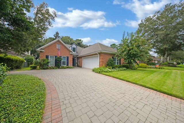Pristine 3/2 with office/den with view of the golf course in the heart of Bluewater Bay. Home has go
