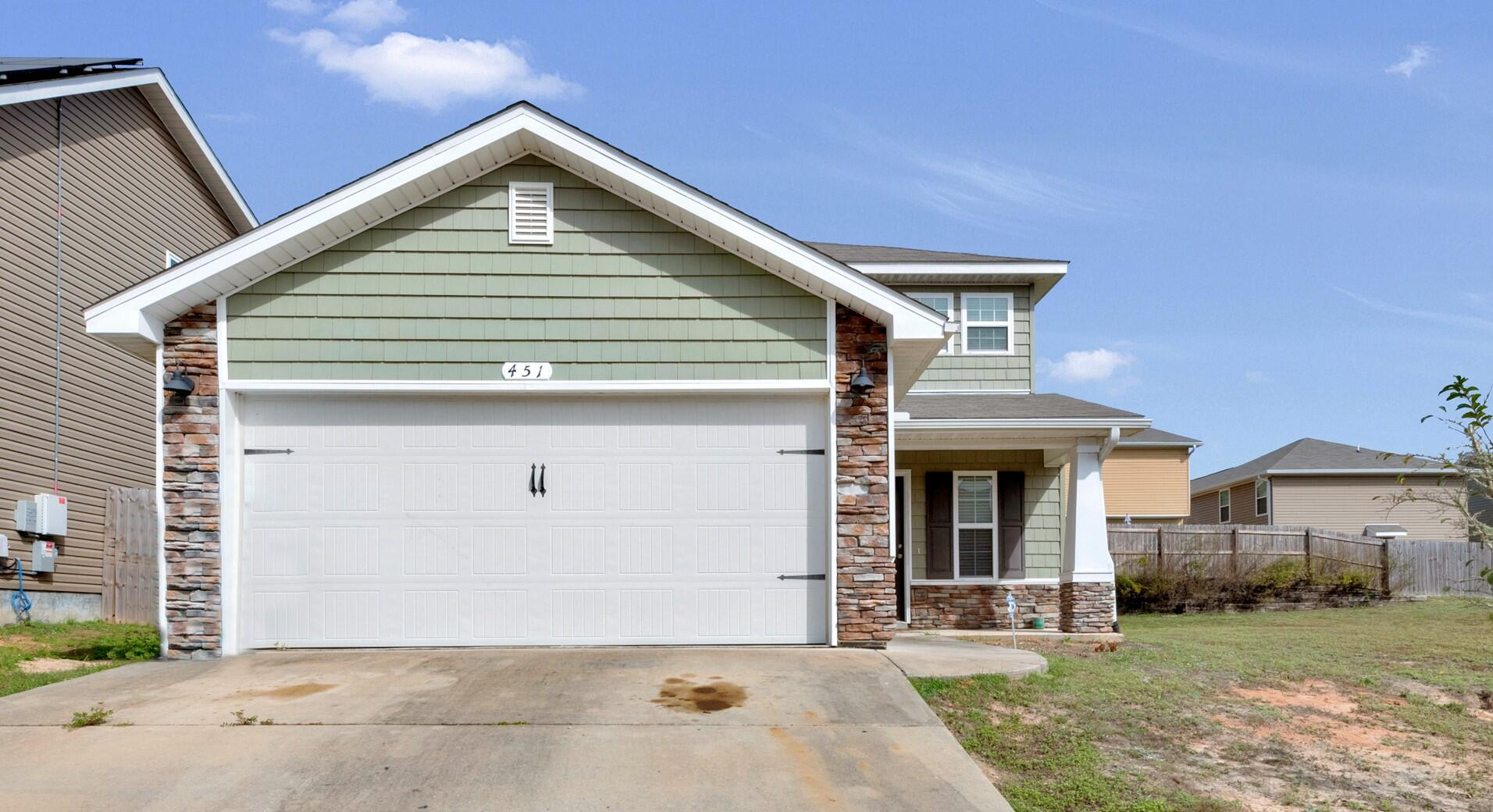 Great 2-story home and only 4 years old! This 4br/2.5ba home has the master suite on the first floor