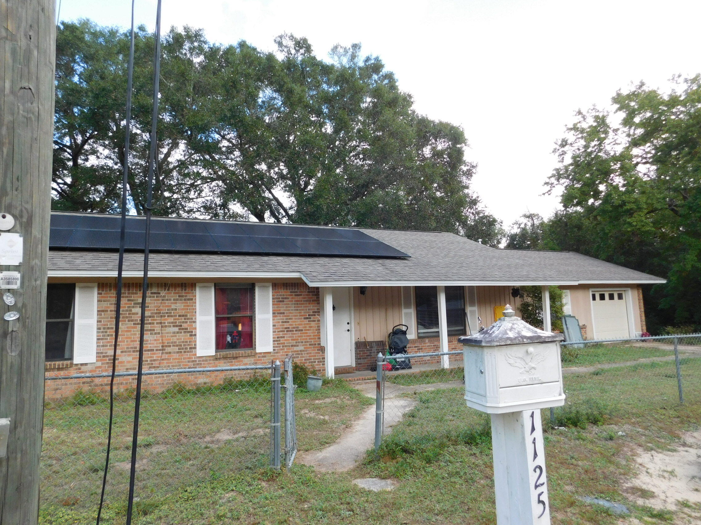 Are you an Investor, first time home buyer or wanting purchase your piece of Niceville? This home might be the property for you.  Whether you are looking to house a boat, RV, or put in a pool, this large flat corner lot has plenty of room to do so. Home is close to the city complex, schools, college, and the Senior Center.  There will be a new roof and septic tank placed prior to closing.  Home does have Solar panels and will be paid off by seller in full at closing. Call today to view this property.