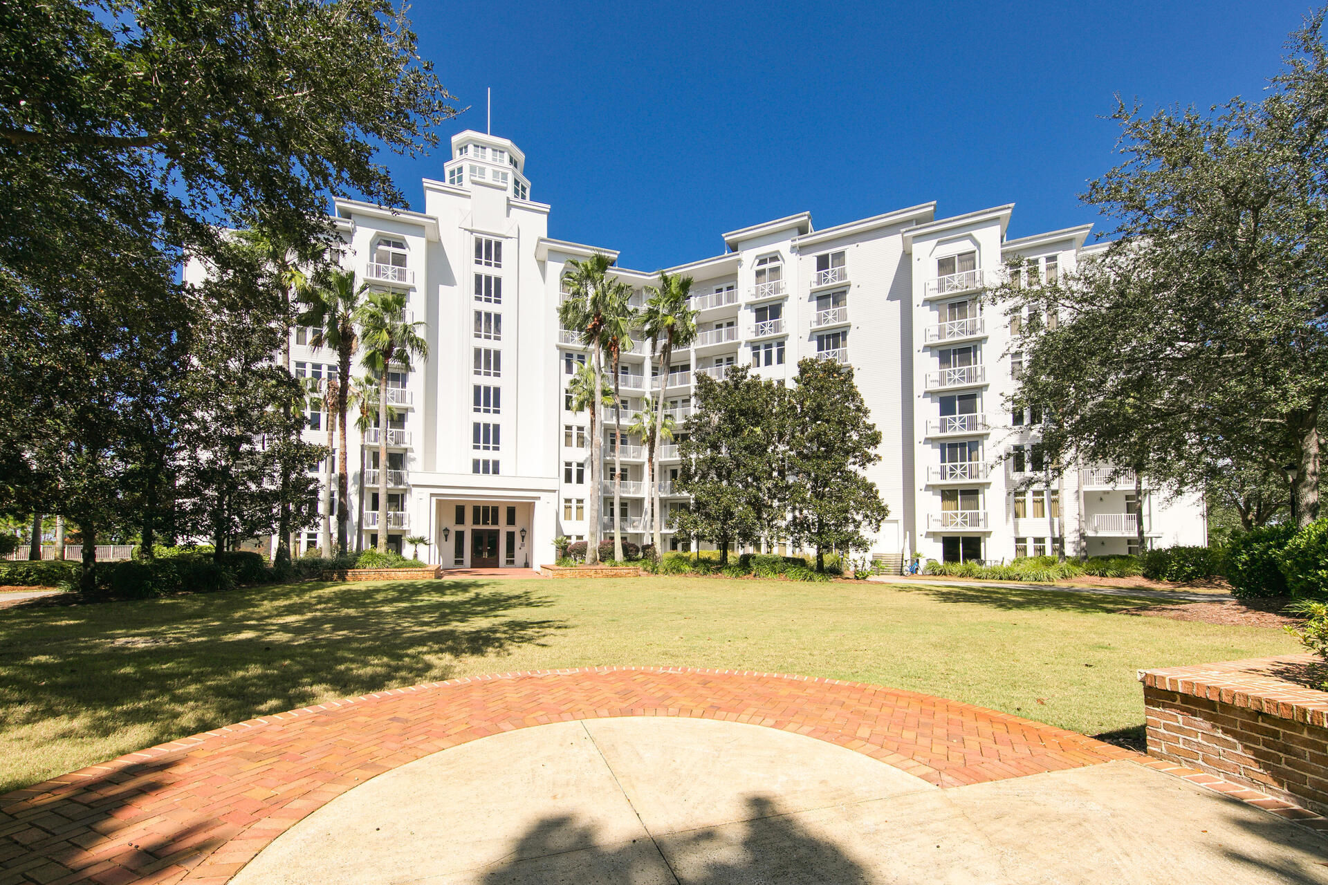 Beautiful 4th floor resort condo in the heart of Sandestin.  Only a short walk to Baytowne and all it has to offer.  This end unit overlooks the Burnt Pine Golf course hole #15.  This condo comes completely furnished.  It's self managed and rented through VRBO with heavy owner usage. From 3/14/21 to 8/13/21 its generated $15,551.  Elation offers a resort style pool, hot tub and beautifully manicured garden area.  Owners enjoy access to the terrace with 2 pools, 2 hot tubs, fitness room and Solstice Club.  An exclusive club house for owners with grills, kitchen and a large screen porch overlooking the bay, perfect for the Tuesday night firework show.  Call me today!