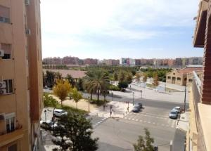 Piso En Ventaen Valencia, L Eixample, España, ES RAH: 21-178