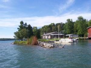 32578 S Lapointe Island