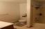 Bathroom 2 with shower - tub