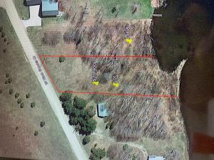 Deep lot with great building site and good waterfront