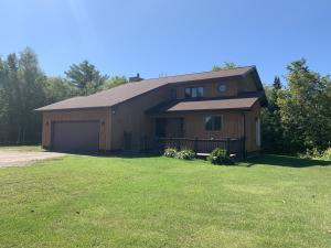 Very well built 3 bedroom, 2.5 bath home sitting on 6 acres , home is situated on a hill crest over looking Canada. Home includes a 3 car garage, sunr