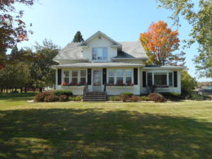 N7432 Pleasant AVE, Engadine, MI 49827