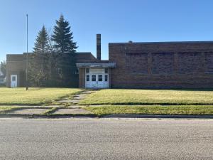 943 Cedar ST, Sault Ste Marie, MI 49783