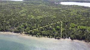000 S Big La Salle Island, Cedarville, MI 49719