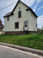 814 E Spruce ST, Sault Ste Marie, MI 49783