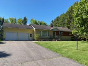 Wont last long, 3 bed 1.5 bath ranch style home on 5+ acres, just outside city limits, New Septic & Well - Remodeled kitchen, full basement